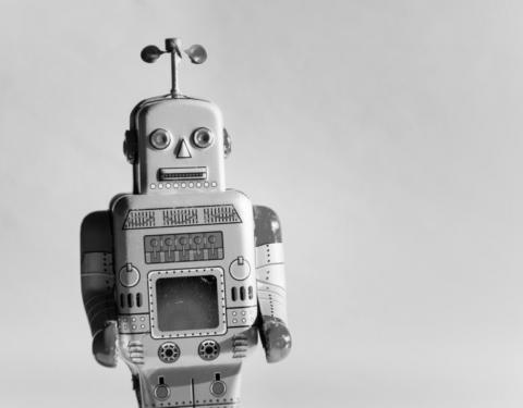 Robot RPA BW 768x600